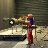 Как производят дробеструйную обработку металлов