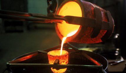 Как плавят латунь на металлургических заводах и в домашних условиях